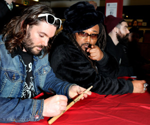 Skindred Fopp (11)