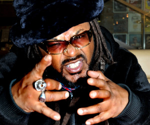 Skindred Fopp (21)